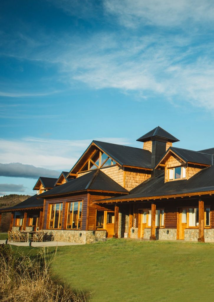 The Lodge Carrileufu River Lodge